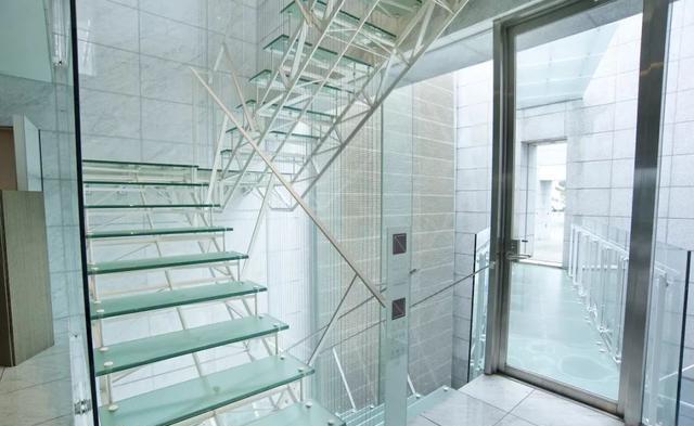 玻璃樓梯案例